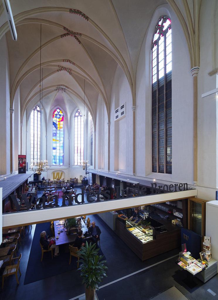 Zwolle-Buchhandlung-10.jpg