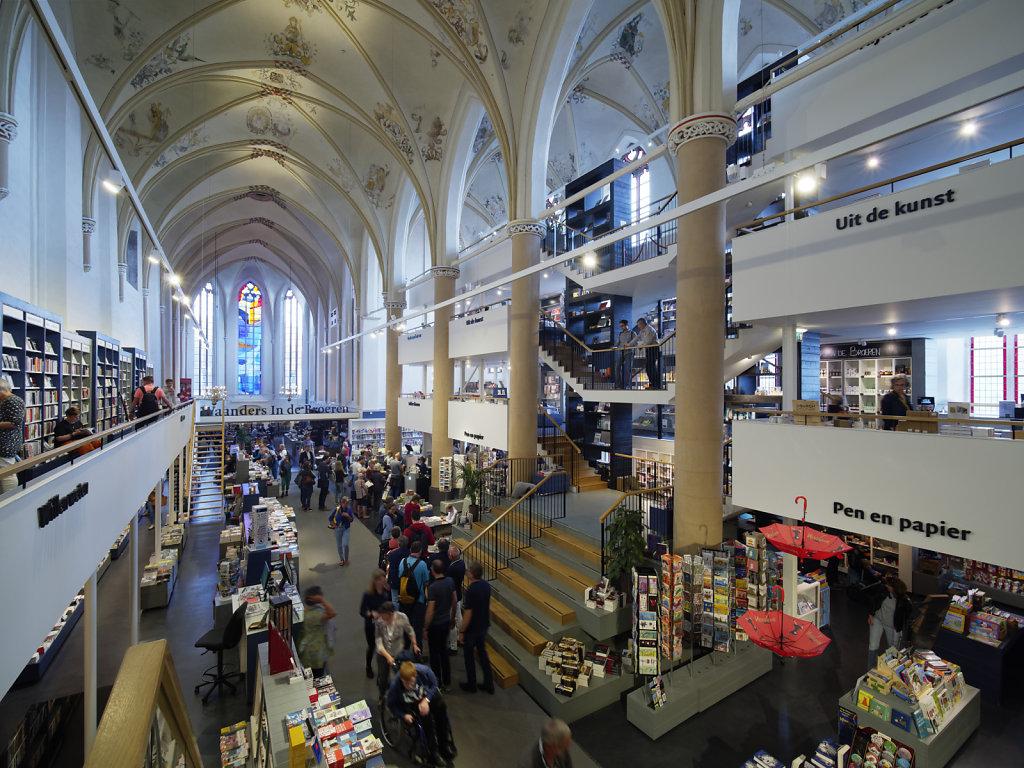 Zwolle-Buchhandlung-07.jpg