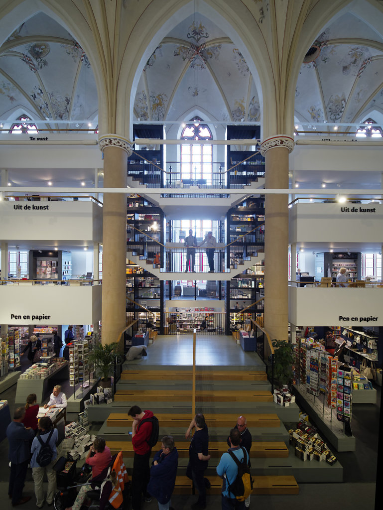 Zwolle-Buchhandlung-05.jpg