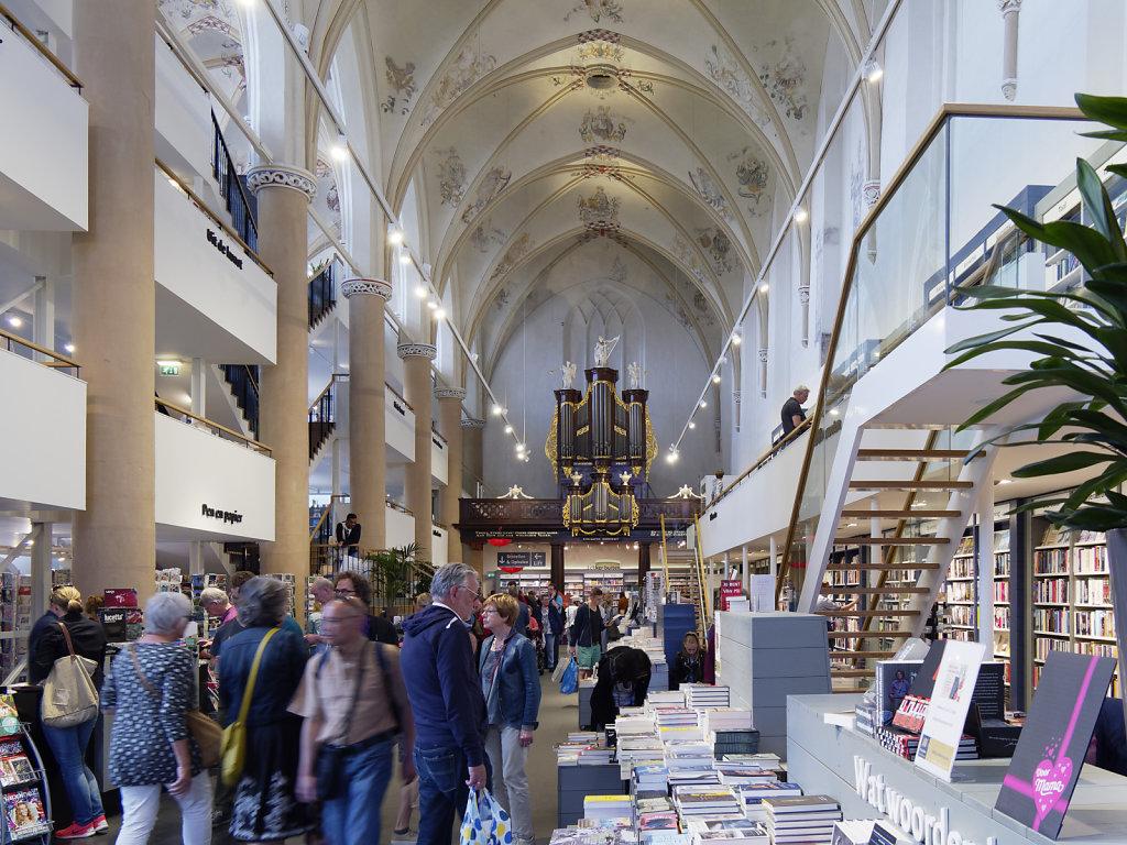 Zwolle-Buchhandlung-01.jpg