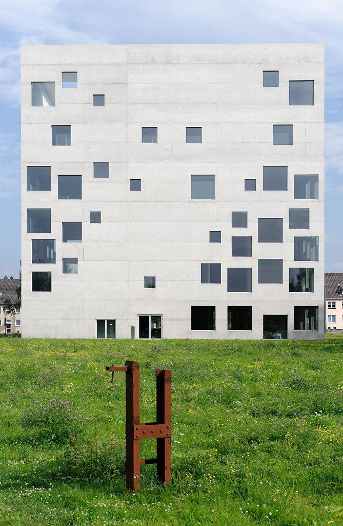 School of Management and Design Essen