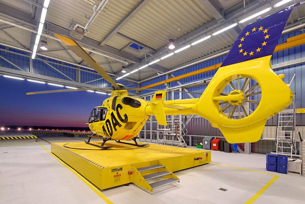 Hubschrauber-Hanger / Klinikum Augsburg